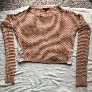 Cropped pale pink sweater